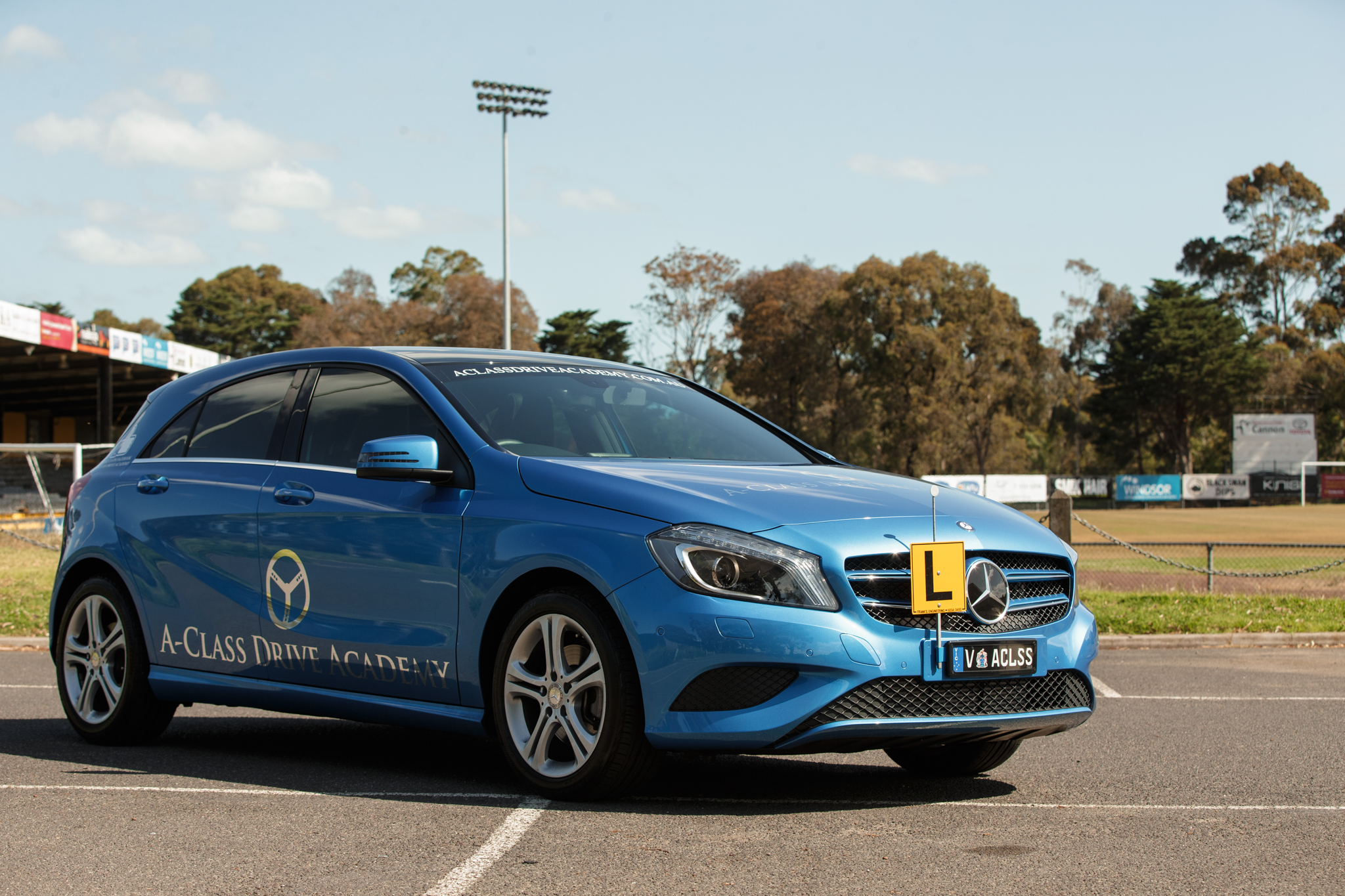 LEARN TO DRIVE WITH CONFIDENCE IN A 5 STAR ANCAP MERCEDES BENZ